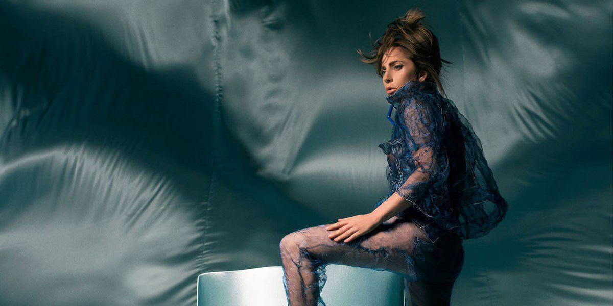 Lady Gaga surprend son monde à Coachella avec The Cure