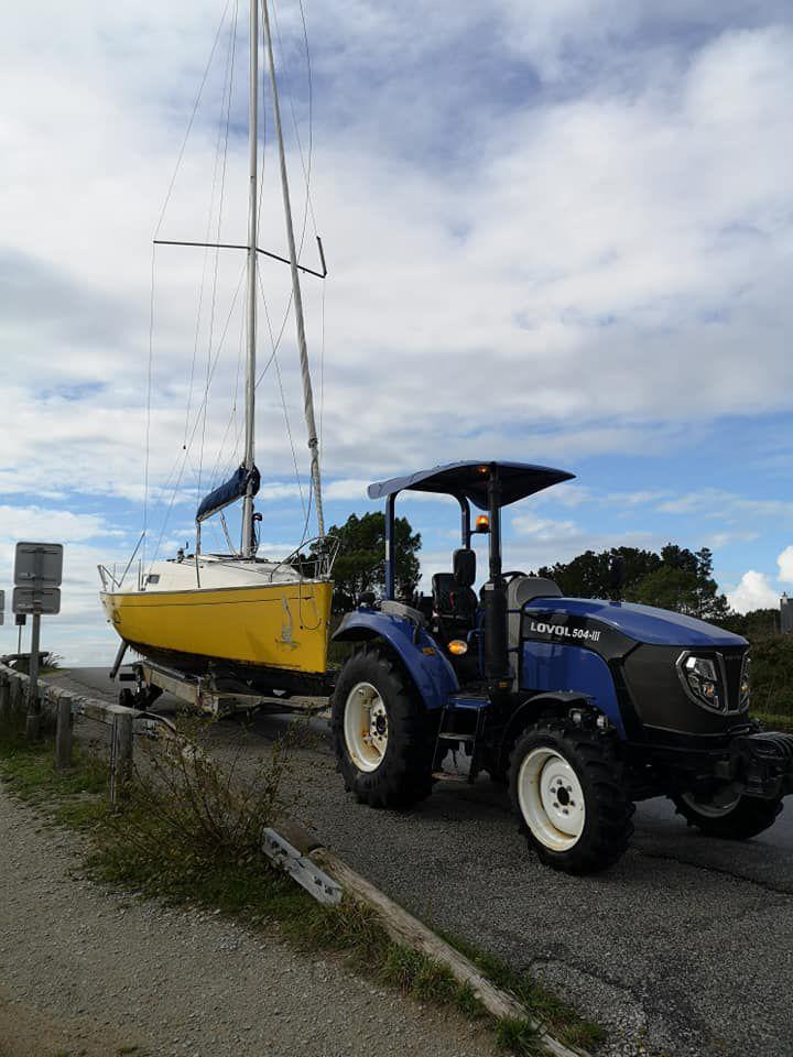 Tracteur 50 cv Lovol sur une base nautique