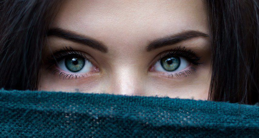 astuce facile maquillage yeux