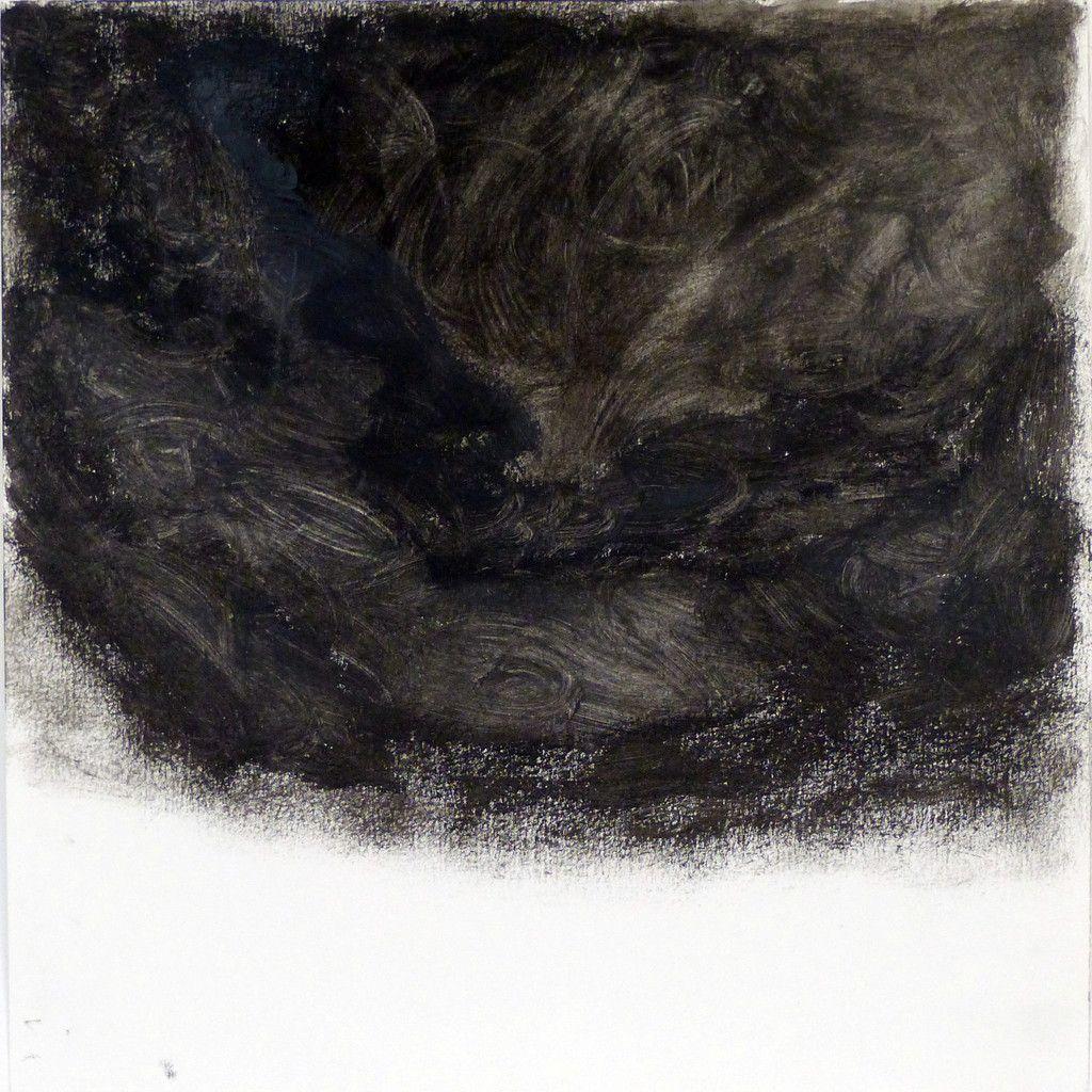 """Archibald : """" Mon ciel d'orage utilise des tons obscurs et un dégradé de gris. En effet, le gris foncé du centre du dessin représente l'intensité de l'orage. Les couleurs du dessin sont (…) et offrent peu de contrastes entre elles. L'effet « ton sur ton » a pour but de montrer que l'orage n'a pas encore éclaté ; les faibles nuages de gris (…) le ciel noir avant les éclairs et la pluie. """""""