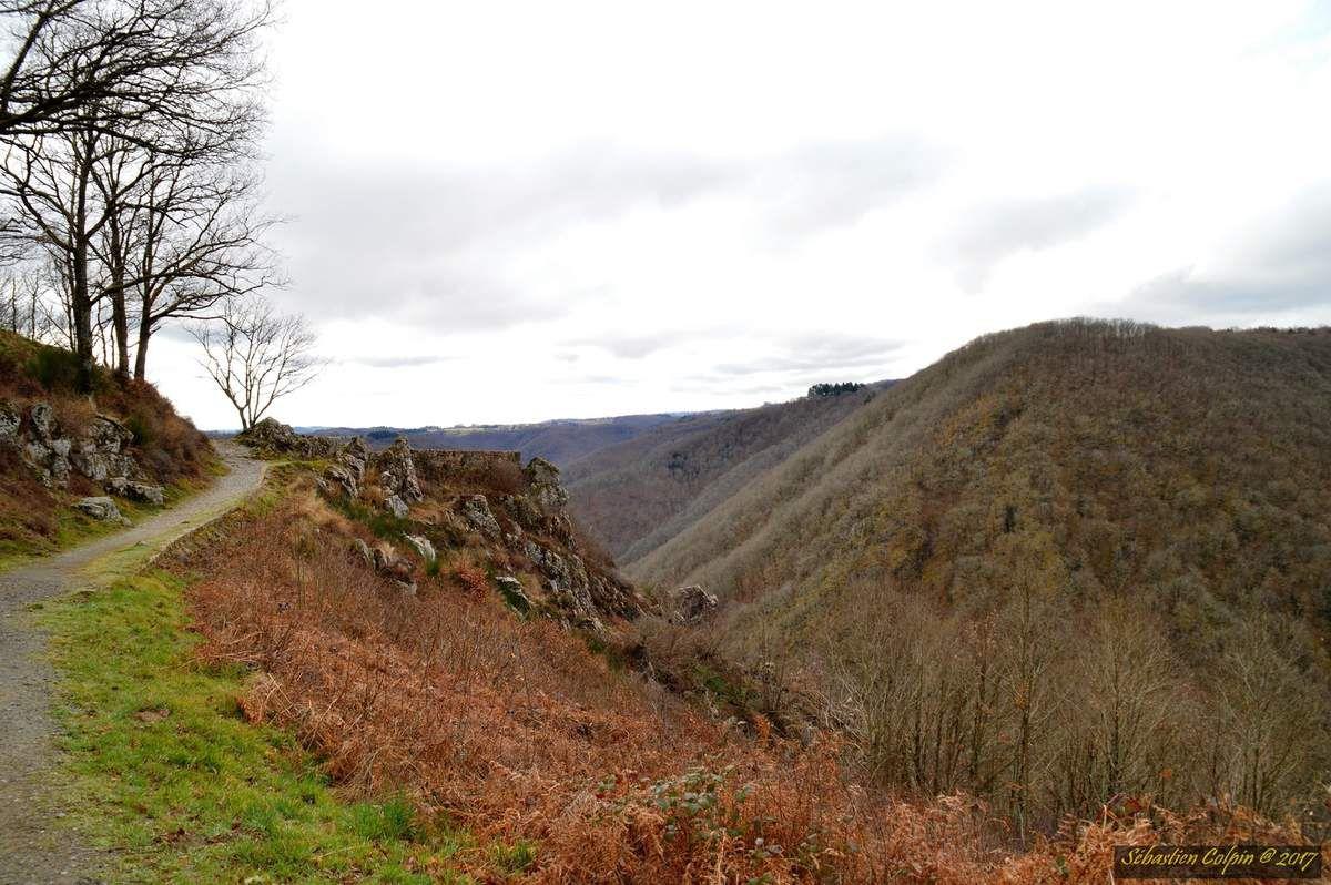 Belvédère de Gratte-Bruyère à Sérandon en Corrèze