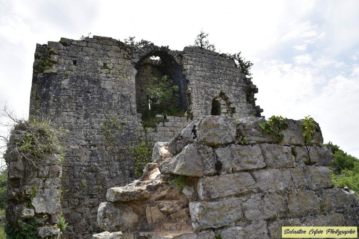 Ruines du Château de Taillefer à Gintrac dans le Lot