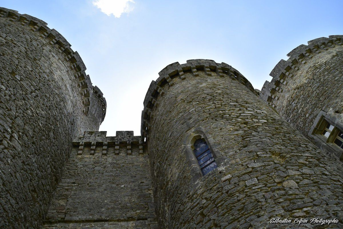 Le Château de Montbrun à Dournazac en Haute-Vienne, une splendeur immortelle de l'Histoire