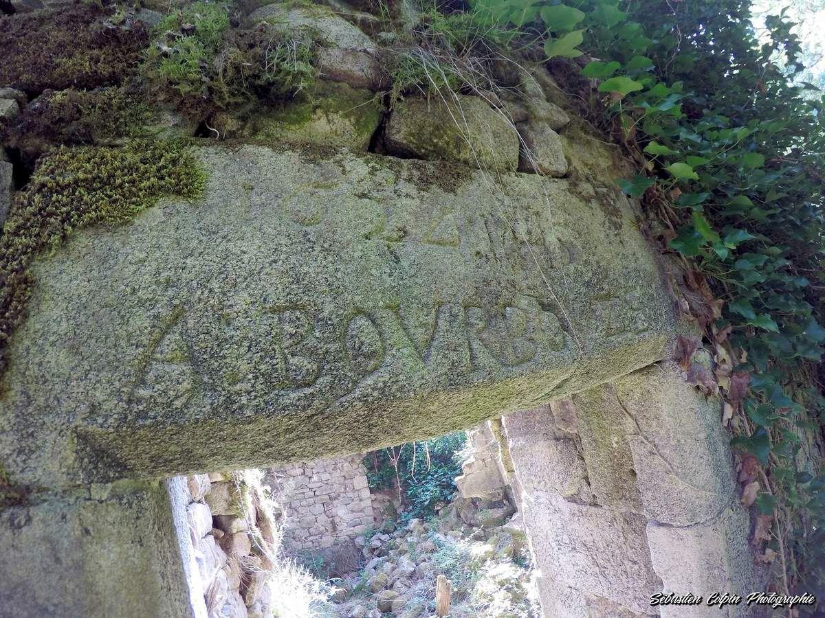 Retour aux Tours de Carbonnières à Goulles en Corrèze