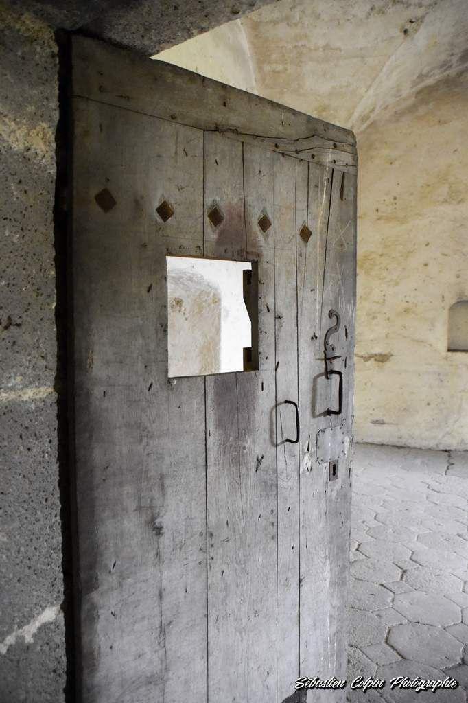 Château Dauphin à Pontgibaud en Auvergne, un lieu chargé d'Histoire