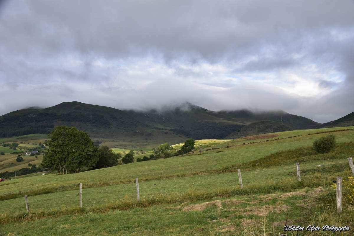 Paysages d'Auvergne entre Murol et le Puy de Sancy