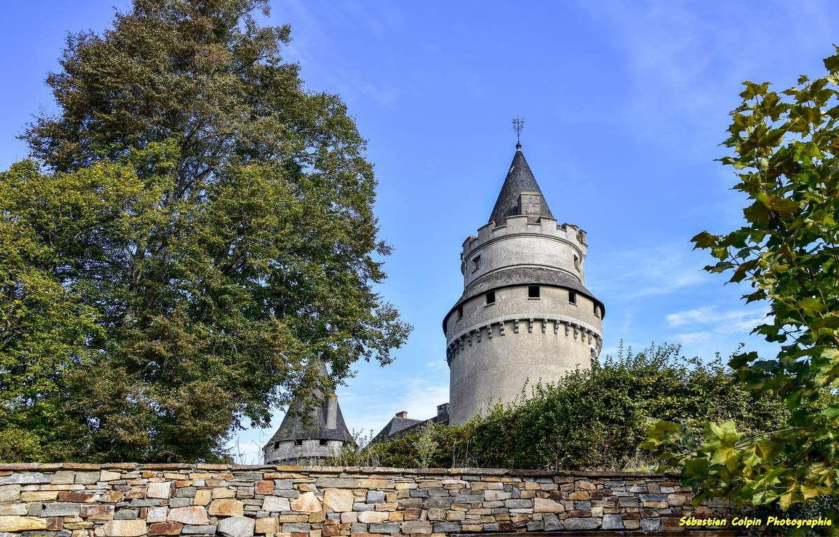 Coussac-Bonneval et son Château en Haute-Vienne