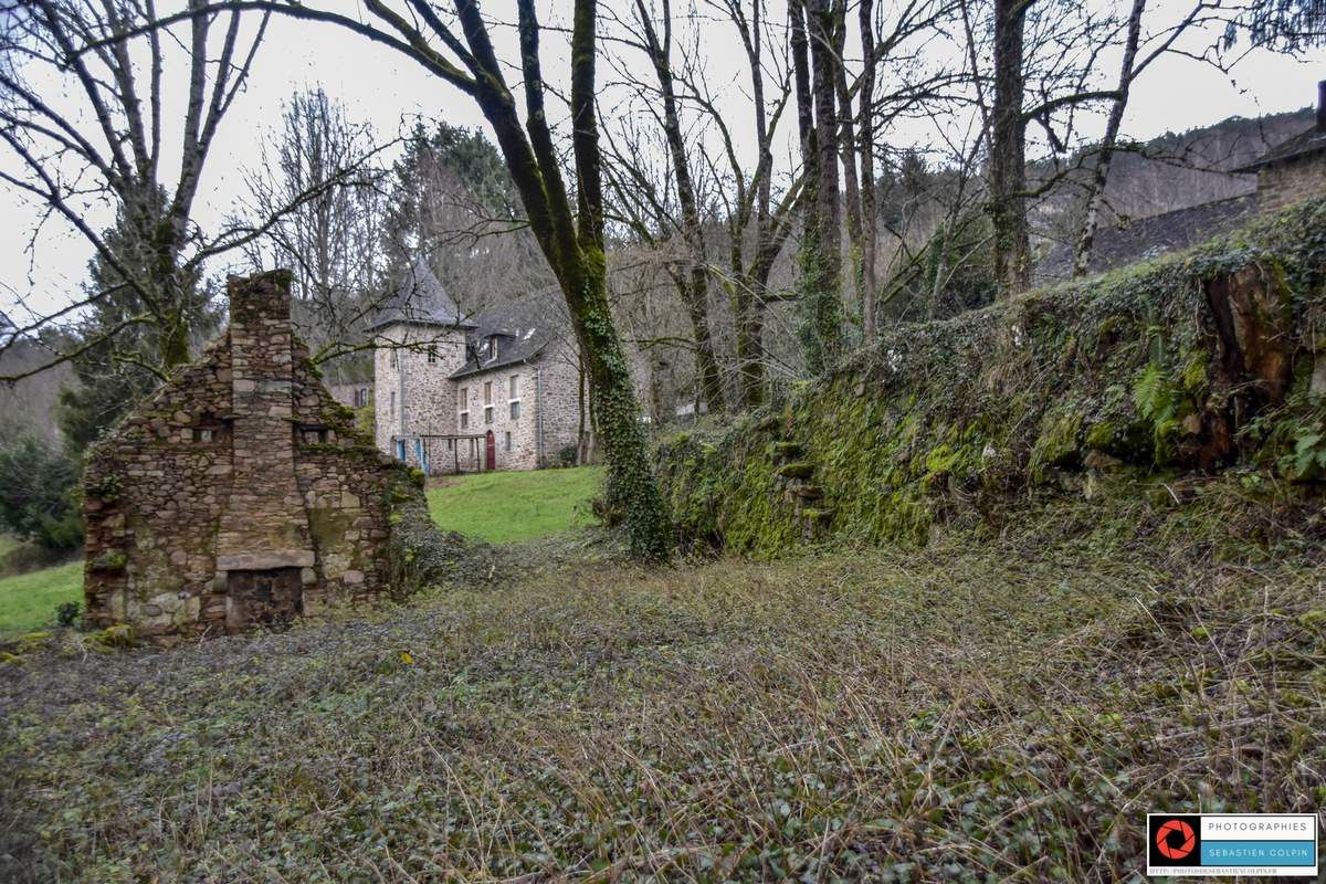 Balade hivernale à Aubazine par le sentier des anciens moulins
