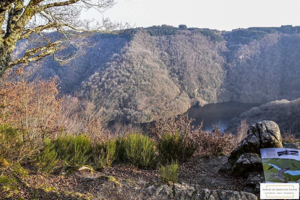 Le Roc du Busatier ou Œil du Busatier, vue exceptionnelle sur les gorges de la Dordogne