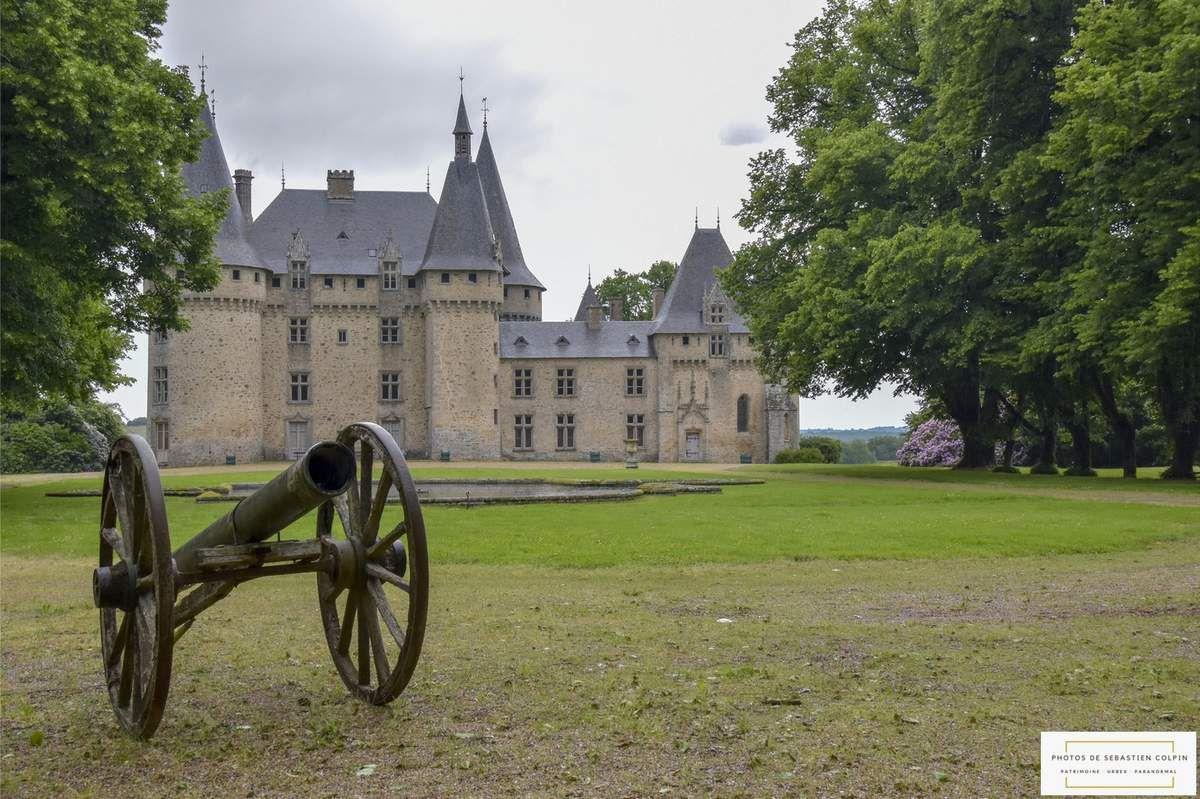 Le Château de la Grénerie à Salon la tour en Corrèze