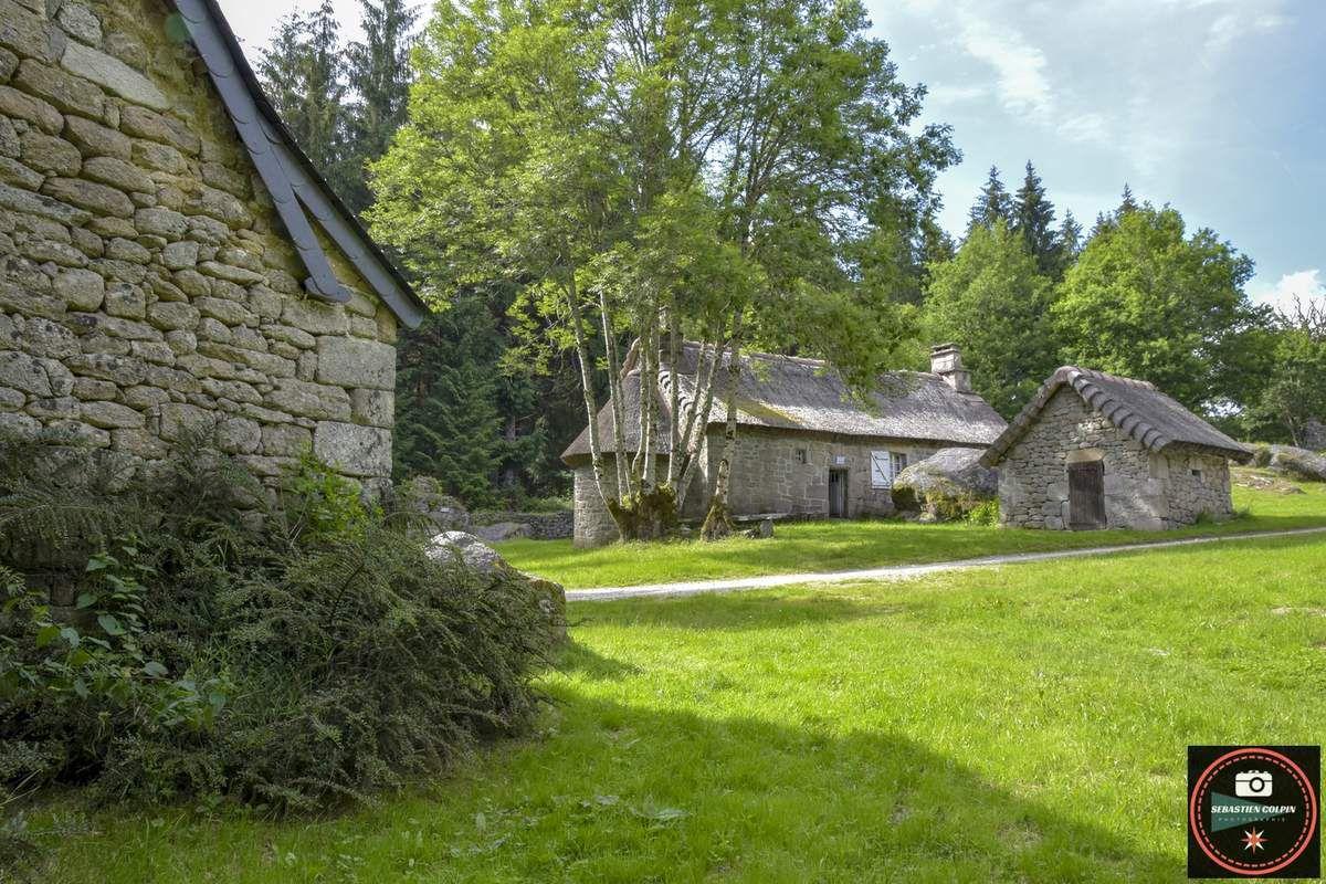 Mon Exposition Photo à la chapelle du village de Clédat, trésor abandonné en Corrèze