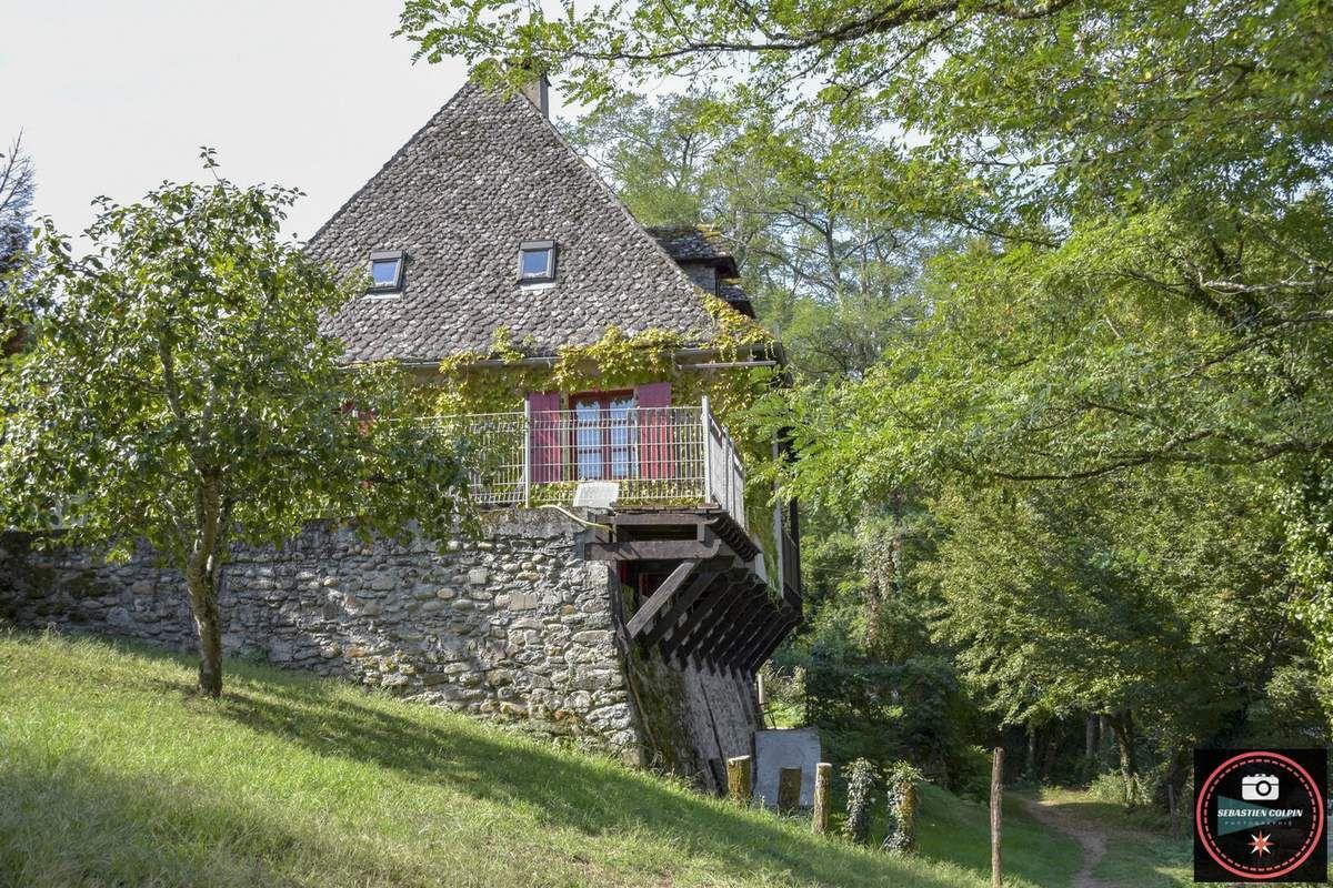 Argentat sur Dordogne et les charmes de sa paisible rivière en Corrèze