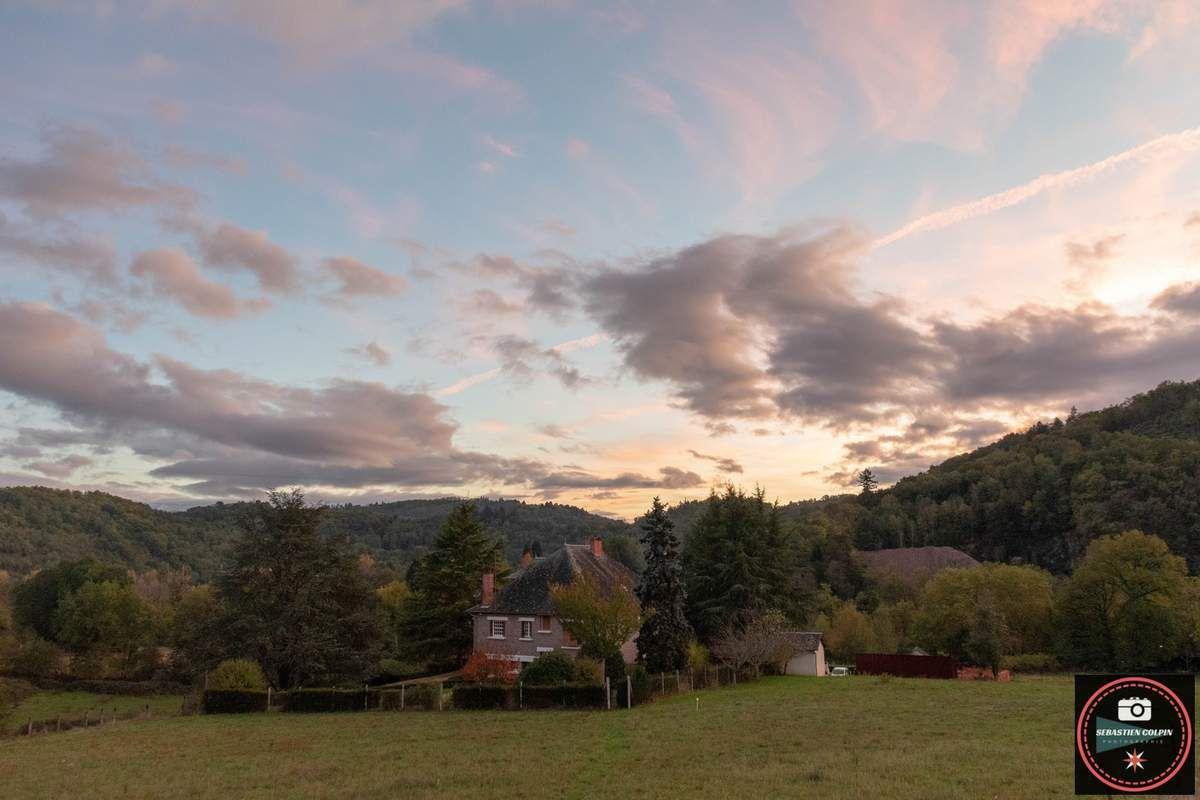 Crépuscule flamboyant en Corrèze