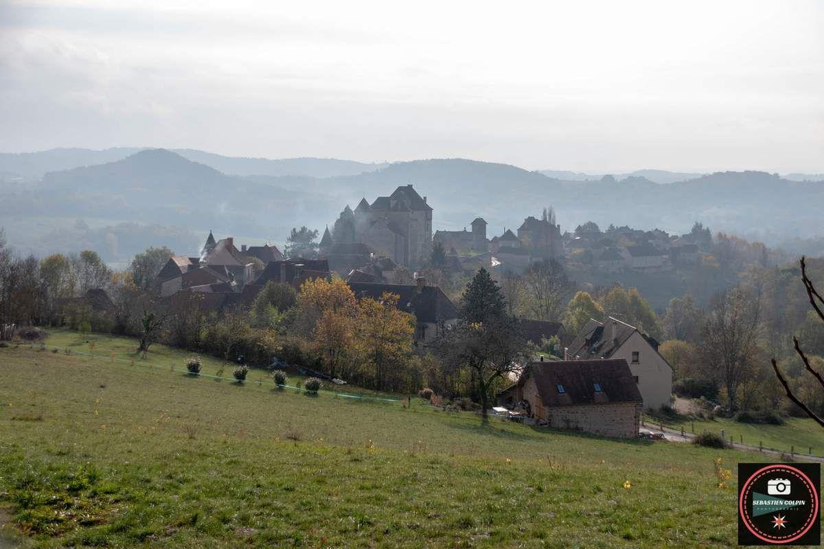 Curemonte en Corrèze, une belle balade automnale dans un village classé