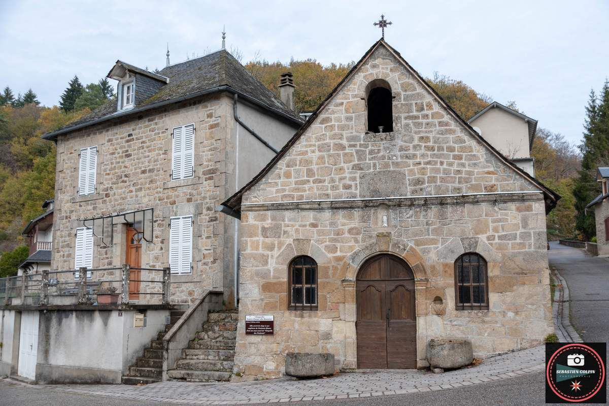 Le Village de Gimel les cascades, l'Eglise Saint-Pardoux et les vestiges du Château