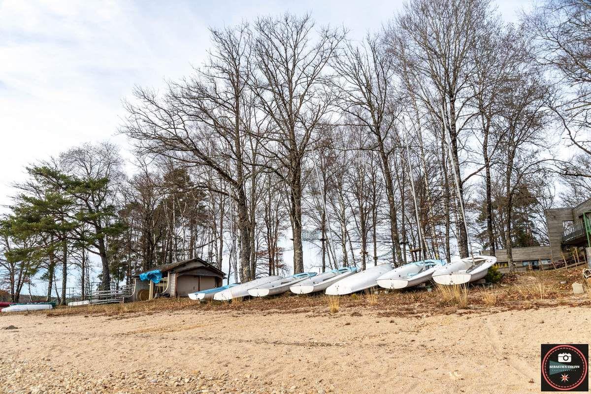 Marcillac la croisille en Corrèze, la lac de la valette et le viaduc de lantourne