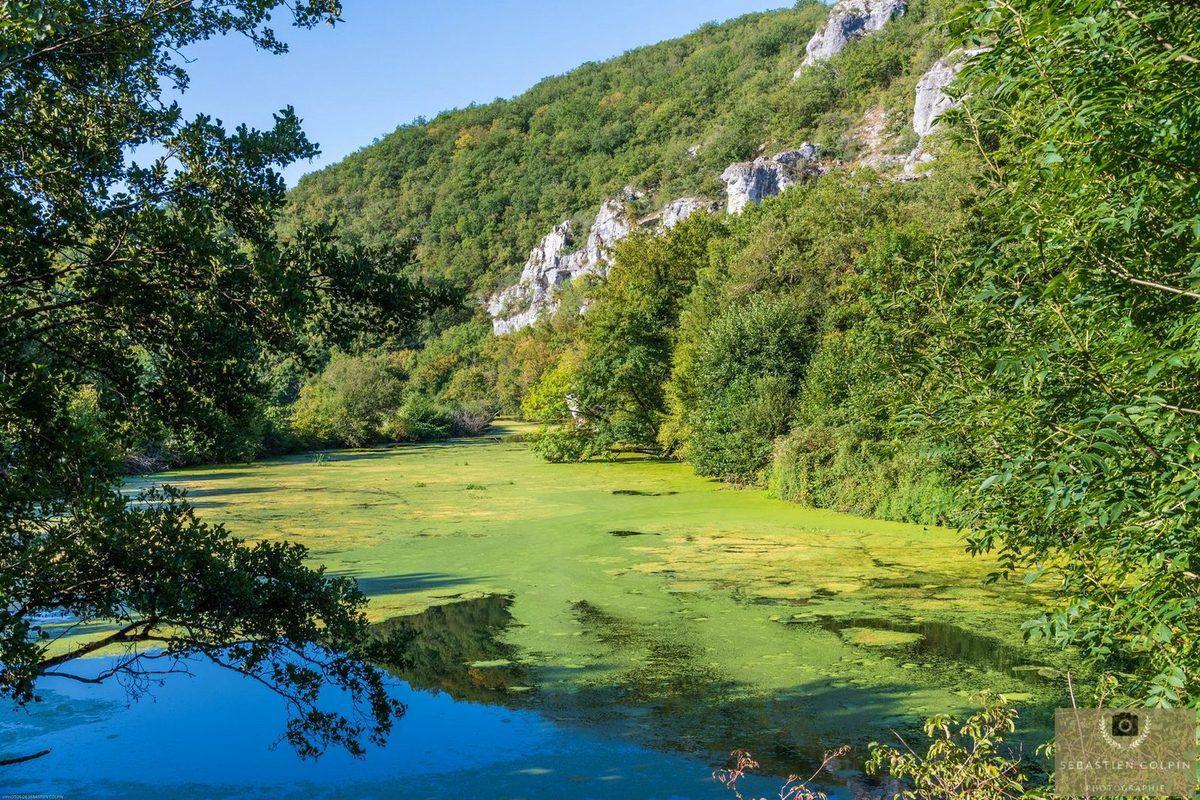 Le Moulin fortifié de Cougnaguet dans le Lot, un patrimoine historique artisanal et médiéval.