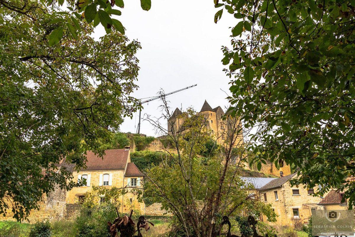 Village médiéval reconstitué à Salignac-Eyvigues en Périgord Noir, des passionnés d'histoire