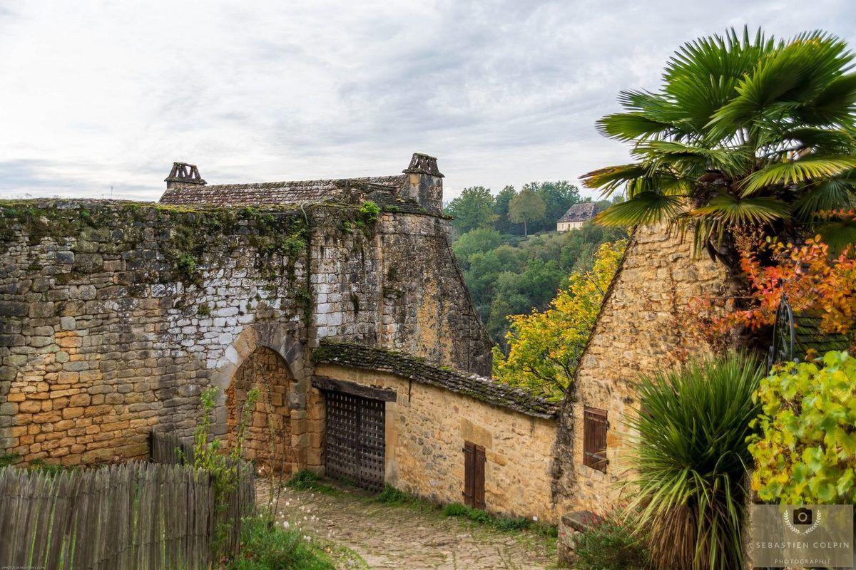 Le Village de Beynac et Cazenac en Périgord