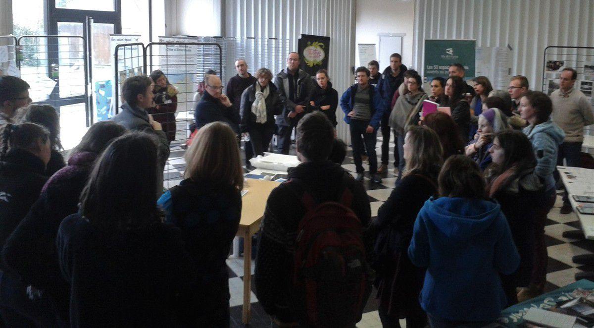 La journée d'échanges  s'est déroulée le vendredi 1er février, dans les locaux de l'association ESCALE BRETAGNE de Saint-Lunaire. Chaque structure participante a pu s'exprimer sur cette thématique délicate mais offrant de vrais espoirs