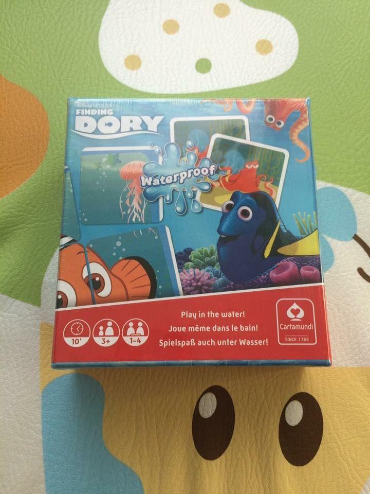 Tapis puzzle et Jeux de cartes pour le bain Dory