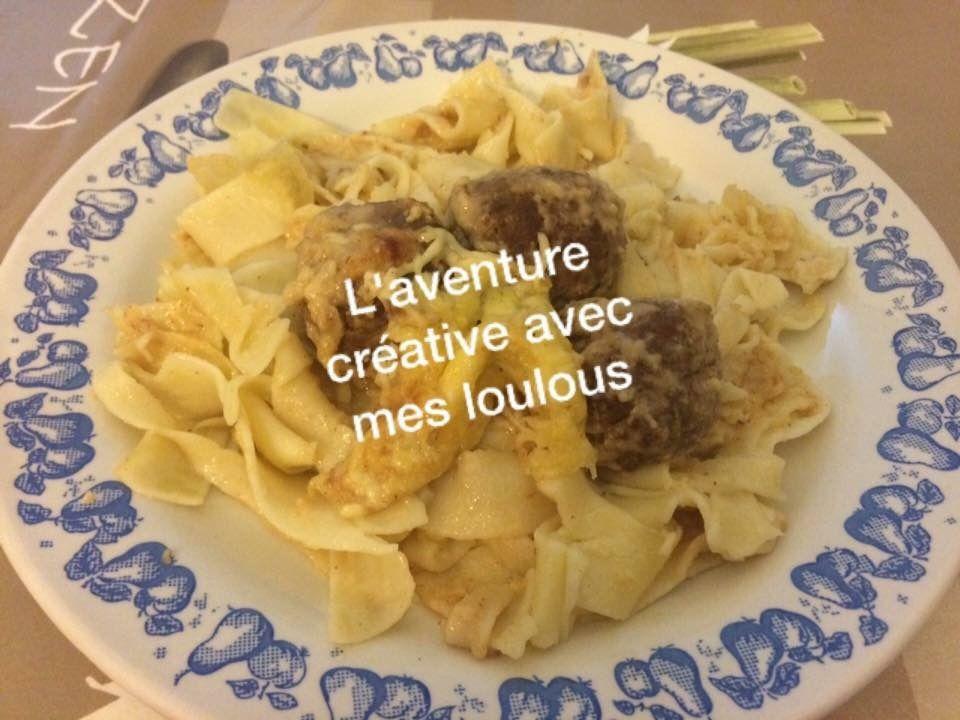 Boulettes de viande sur gratin de pâtes