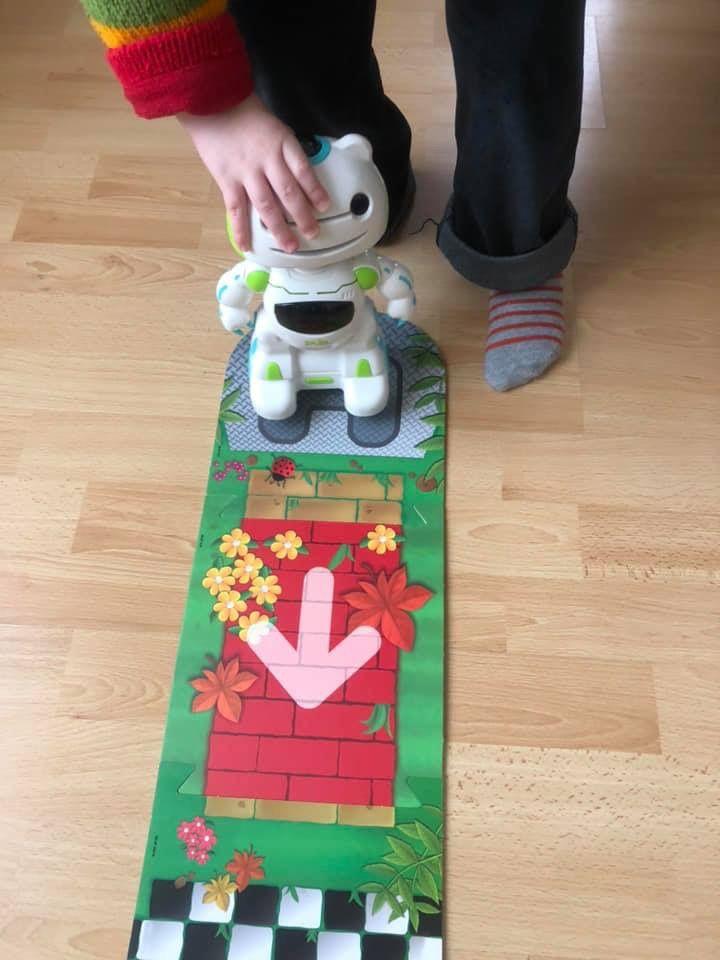 Robot programmable Agent Blip Educa