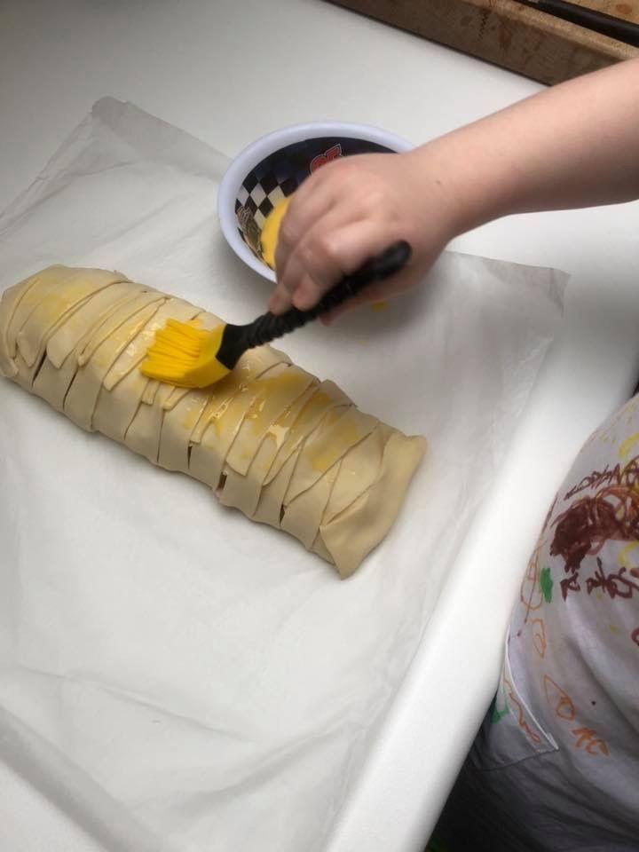 Tresse feuilletée lardons-mozzarella