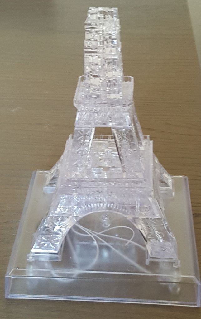 La Tour Eiffel en 3D qui illumine nos week-ends