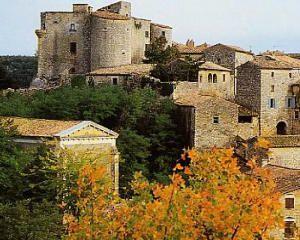 le village de Labastide de Virac (07)