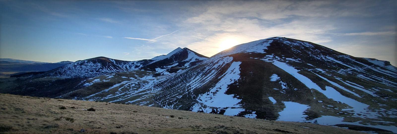 Des photos sur le fil au Col de la Croix Morand en Auvergne (Le Buron du Col, Mademoiselle Chic.....)