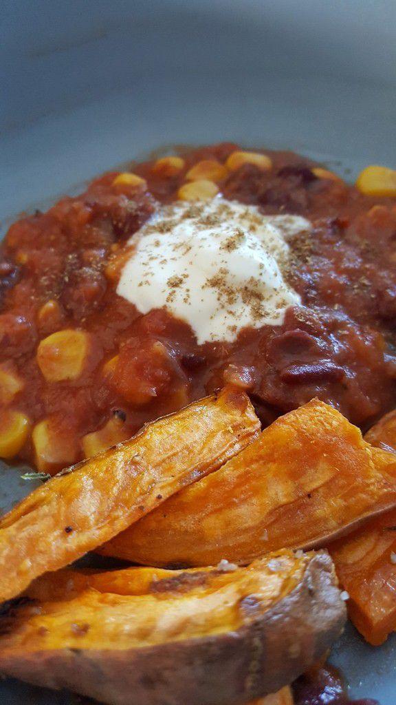 Chili Végétarien et Wedges de patates douces