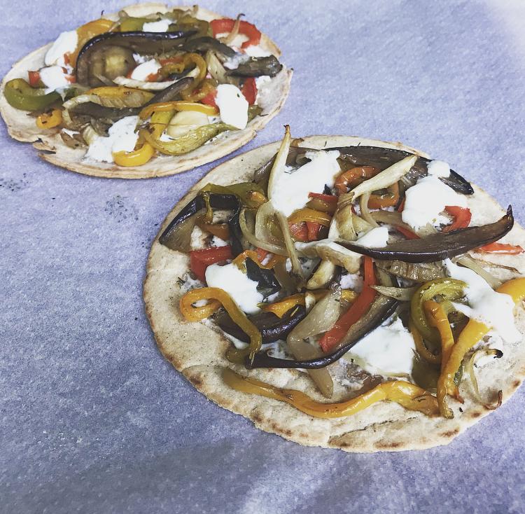 Piadina romagnola façon pizza 4 saisons