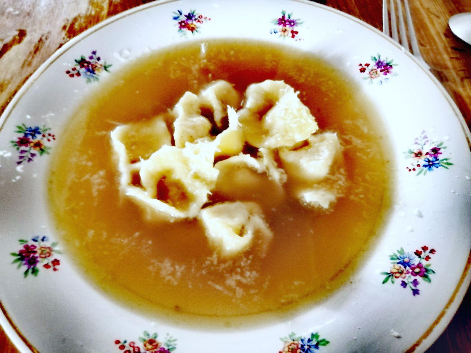 Recette de tortellini au bouillon faits maison