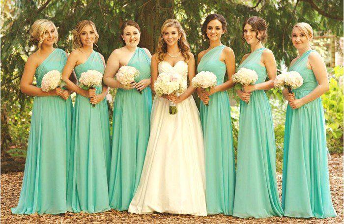 Styles de robes demoiselles d honneur pour mariage for Robes de demoiselle d honneur mariage de printemps