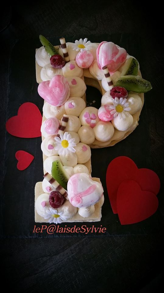#lettercake #numbercake #heartcake