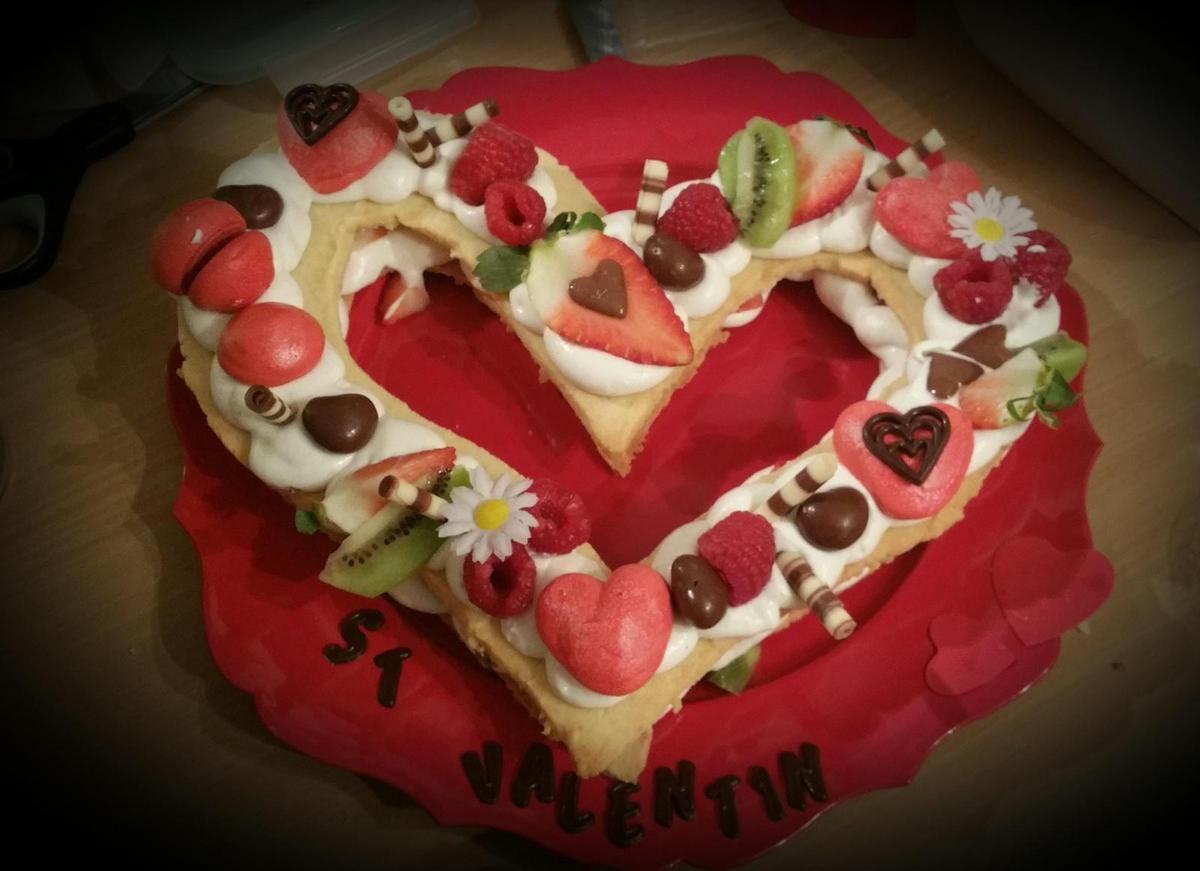 #heartcake #cakesaintvalentin