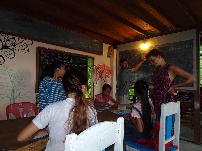 Les différentes séances de cours avec nos élèves Bebe (prononcez Bibi), Nathalie, Tobee, May & Angye.