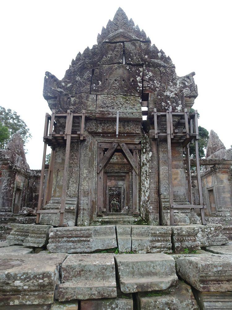 Le temple rappelant le schéma de la montagne sacrée