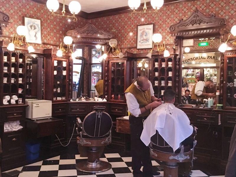 Coiffeur barbier à Main Street