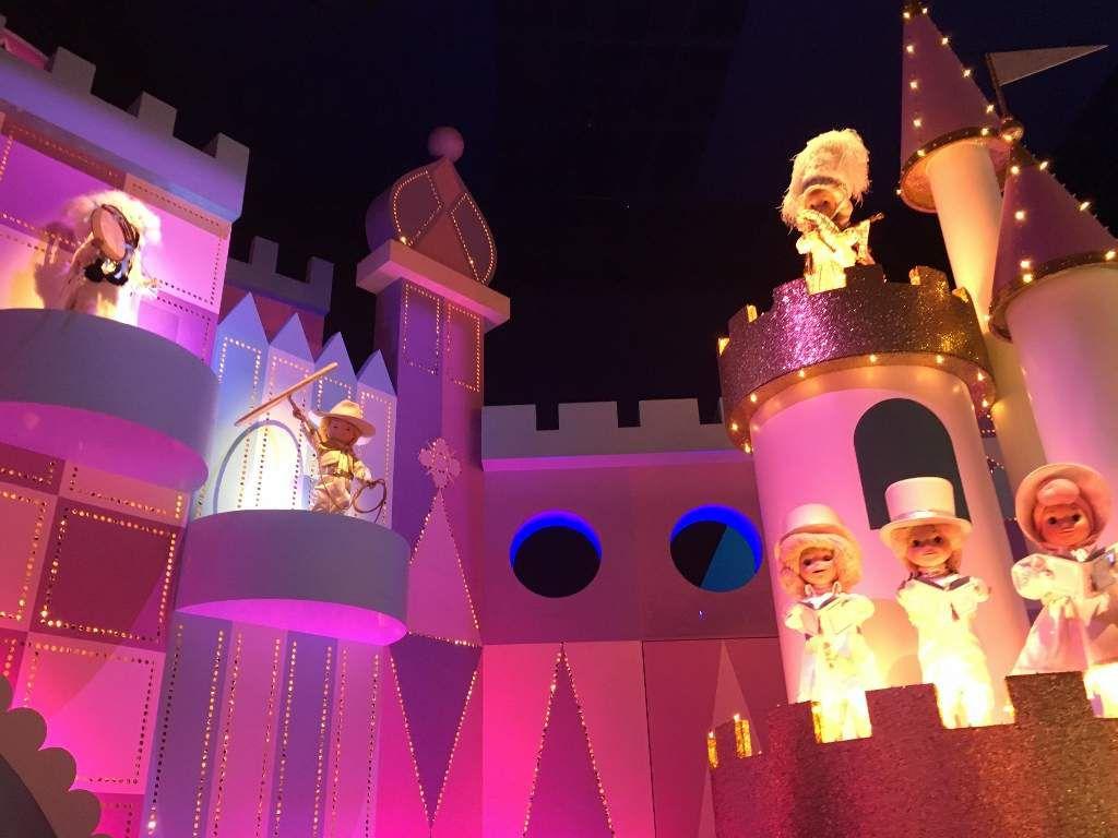 Le monde des poupées - Disneyland