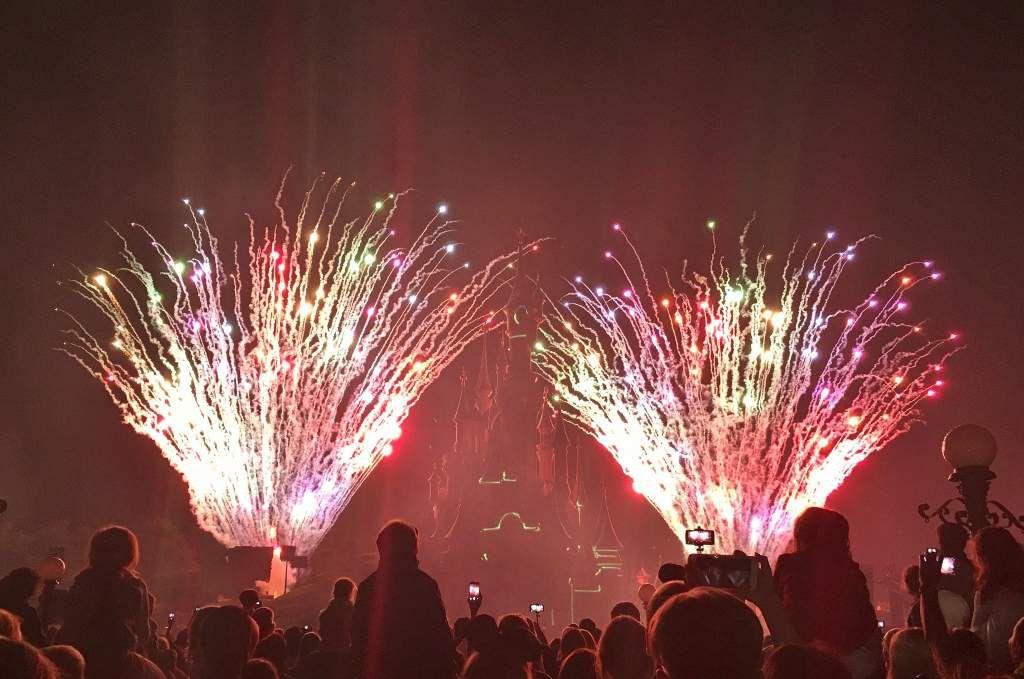 Illuminations et laser sur le château