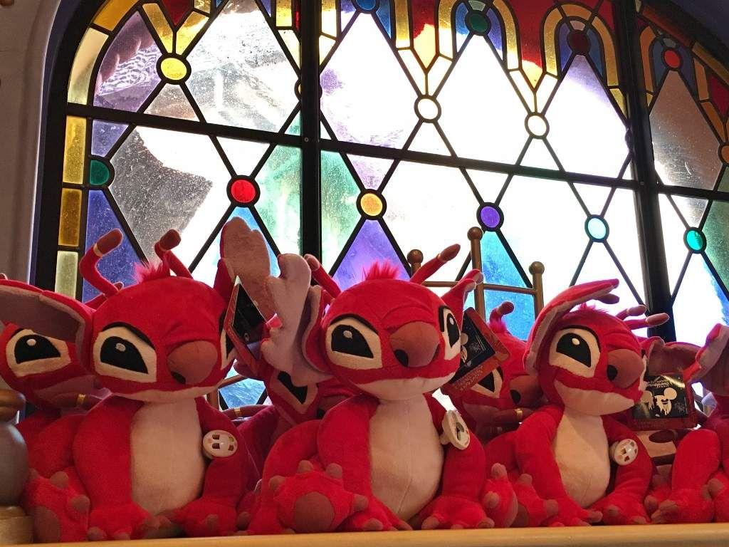 Peluches et tsum Tsums Monde Disney