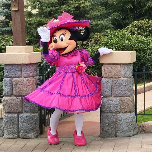 La voiture de Mickey et Minnie Disney
