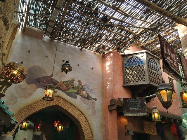 Agrabah café restaurant Disneyland