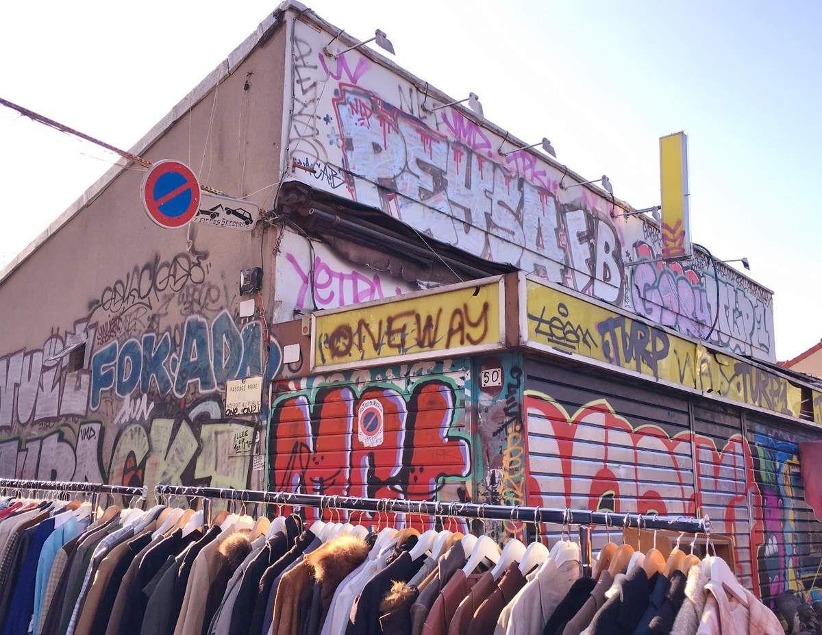 Puces vêtements de Saint Ouen