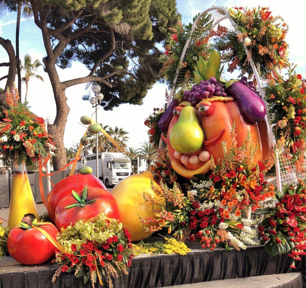 Carnaval de Nice : chars de fleurs