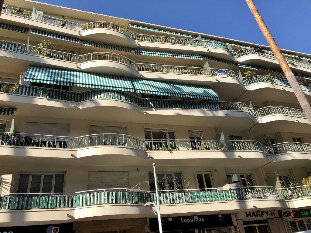 Cagne sur mer et ses immeubles