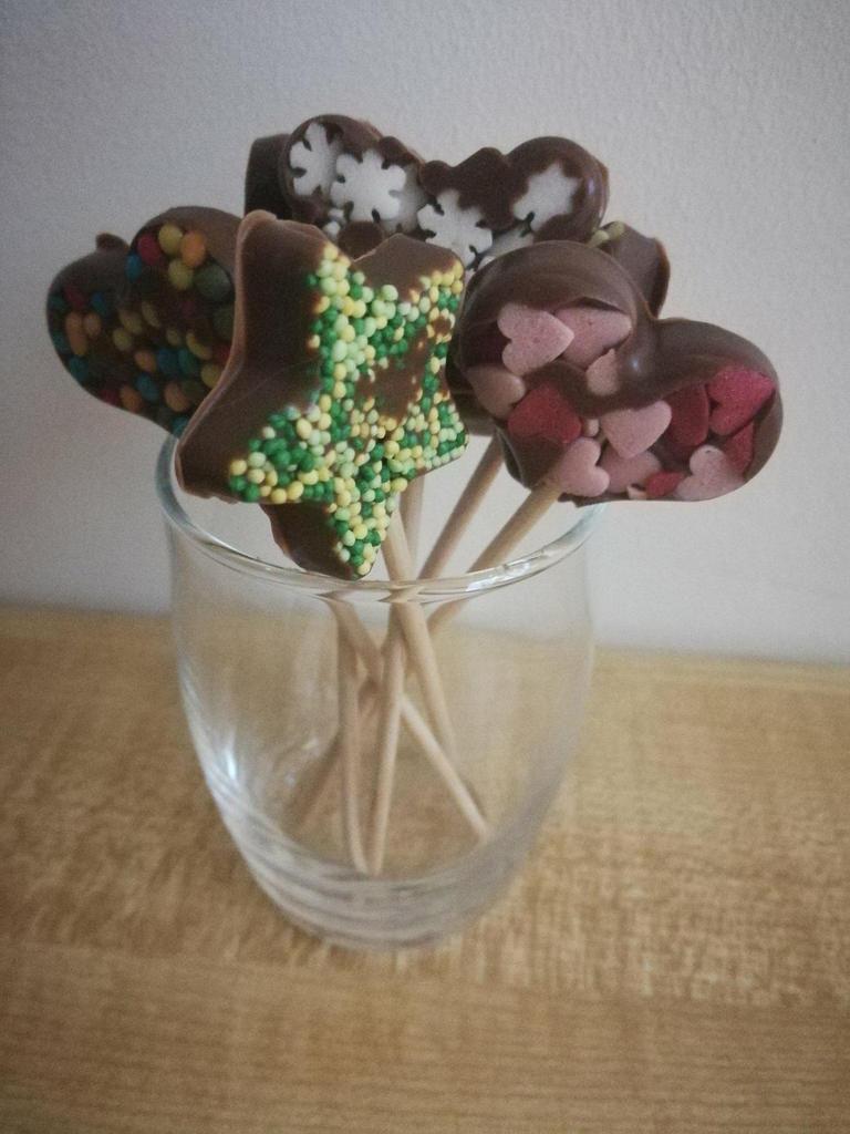 Nos jolies sucettes en chocolat