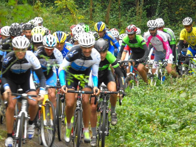 Départ catégorie A_Cyclo-cross de Meyzieu